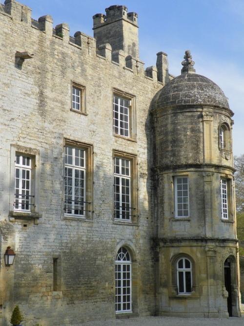 Le château de Creully