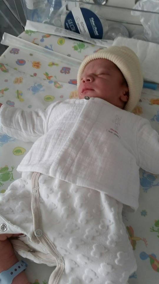 Hugo est né