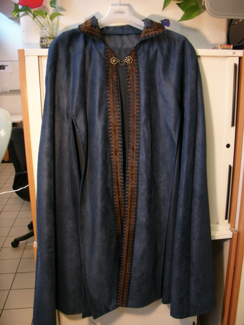 "Cape ""Bleu Royal"""