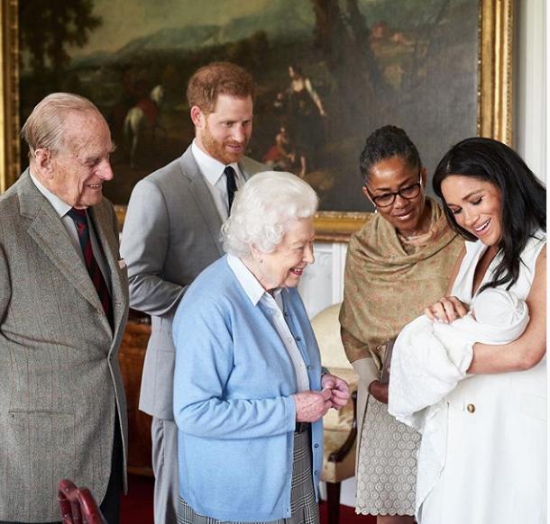 Lilibeth et le Duc avec bébé Sussex