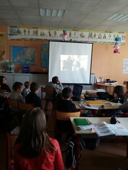 Témoignage à l'école Jeanne d'Arc de St Sylvain d'Anjou le 7/11/2016