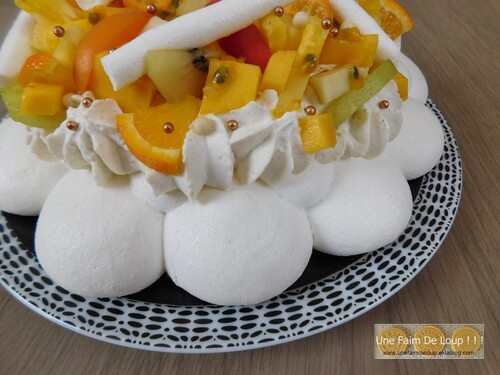 Pavlova aux fruits jaunes