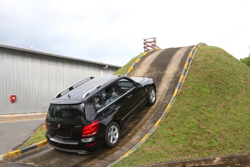 học lái xe lên dốc