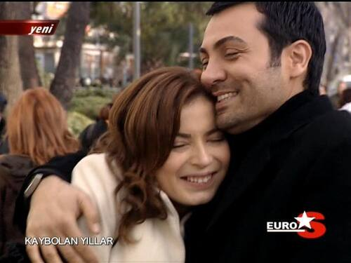 KAYBOLAN YILLAR (TV Series) - Pera Classic's 3.  Romantique (Rubrique)