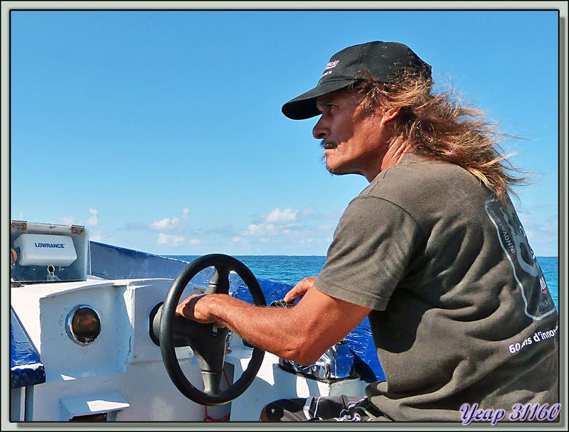 Départ du Motu Aito pour aller au Motu au sable rose - Atoll de Fakarava - Tuamotu - Polynésie française