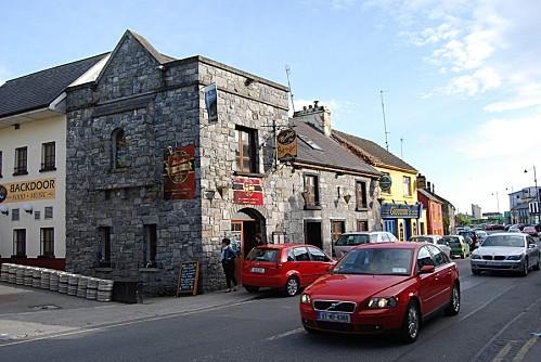 Oranmore---Ses-pubs.jpg