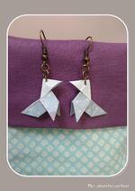 faire des bijoux: perles, boutons, tissus