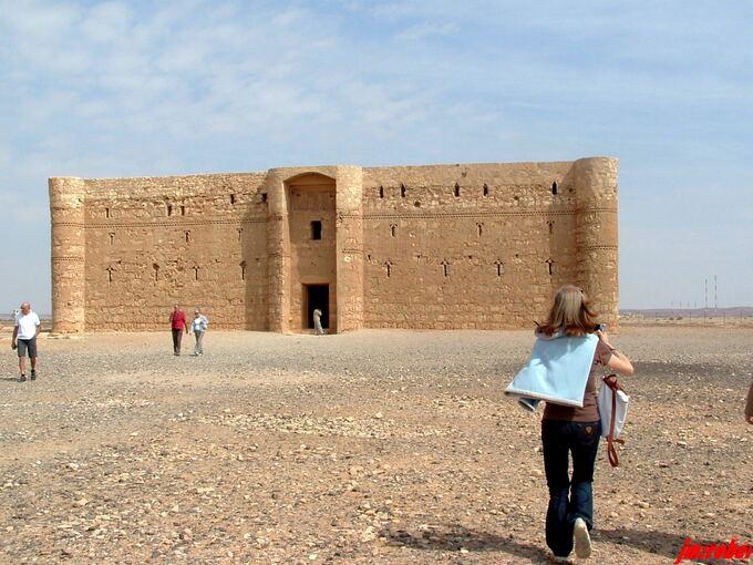 """Coronavirus: Le confinement et le partage du Voyage en virtuel """" la Jordanie """"  < 10 >"""