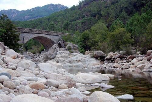 L Pont sur la Solenzara