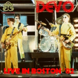DEVO - Live In Boston '82