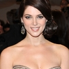 Ashley Greene au MET