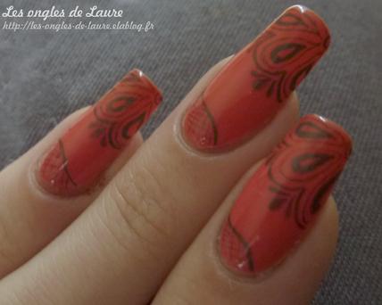 Nail Art dentelle [ fait au crayon à papier! ]