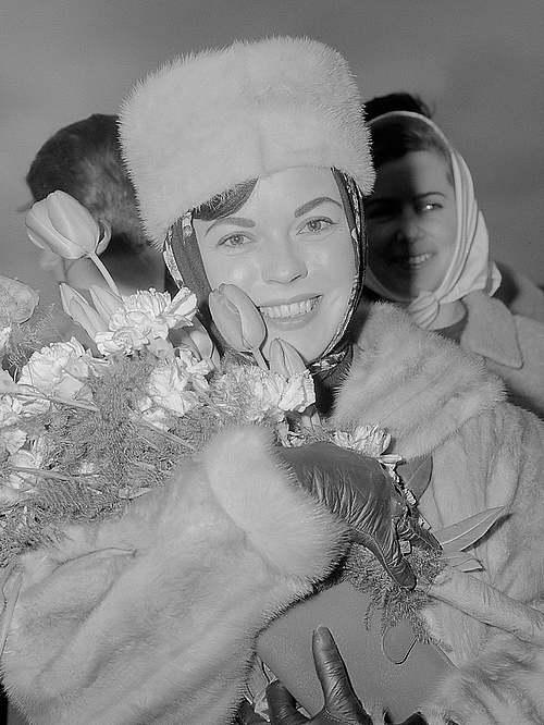 10 février 2014  : mort de Shirley Temple