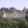 un beau chateau vers Béon