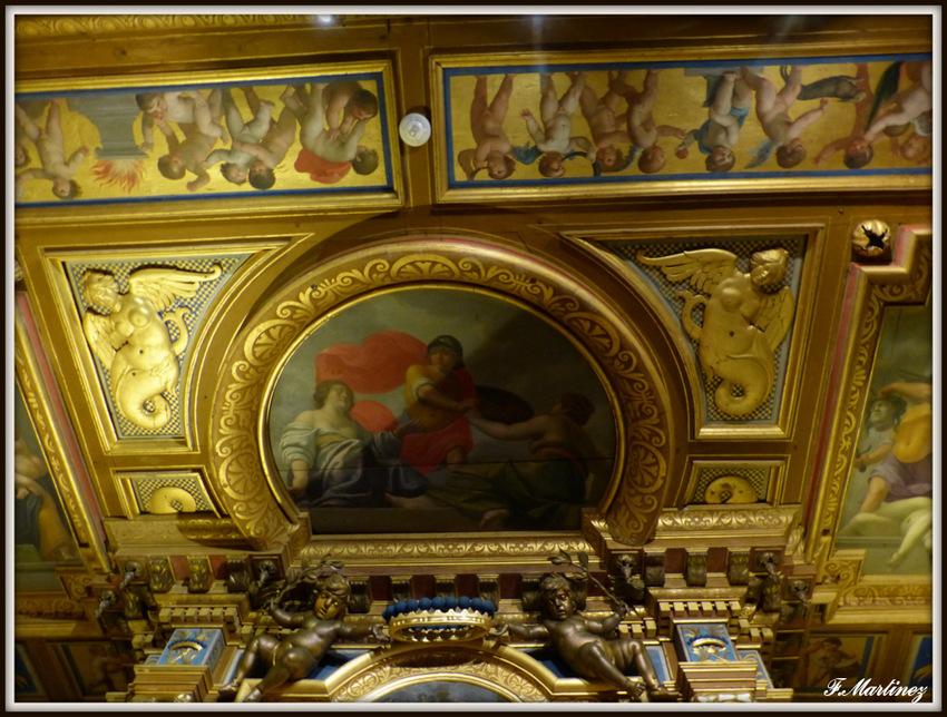 Le plafond de la chambre du roi