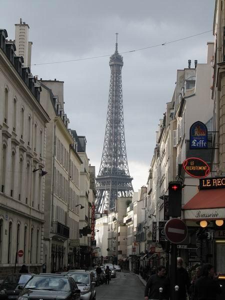 paris11200700090