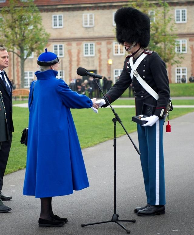 Margrethe et les troupes