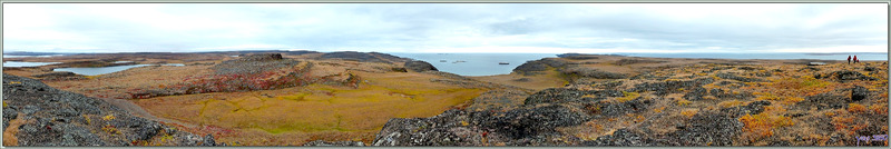 Panorama sur Coronation Gulf (Golfe du Couronnement) vu depuis les falaises d'Edinburgh Island - Nunavut - Canada