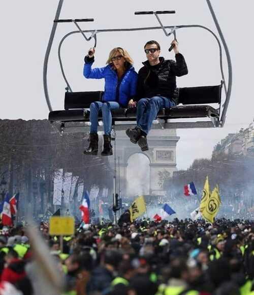 Le peuple en colère et dans la misère et le Macron fait du ski ..