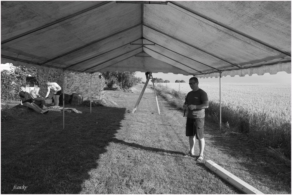 Fête des voisins 2016- montage du marabout