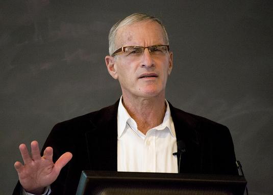Norman Finkelstein, «à l'origine» du scandale d'«antisémitisme» au parti travailliste, rompt le silence
