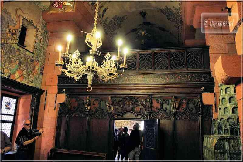 Haut Koenigsbourg Salle du Kaiser tribune des musiciens