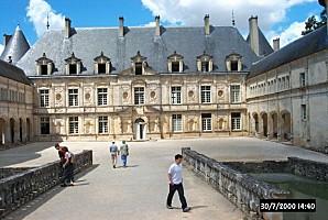 Chateau de Bussy-Rabutin 1