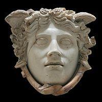 Masque ornant l'égide de la statue d'Athéna du Parthénon (copie d'un original de Phidias)