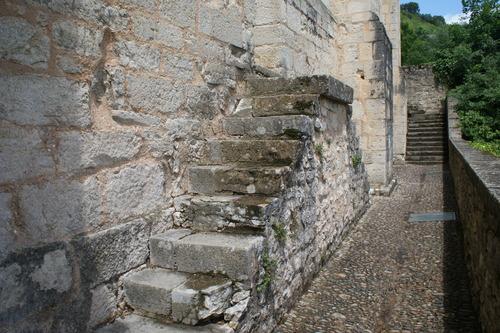 N° 188- escalier en pierres
