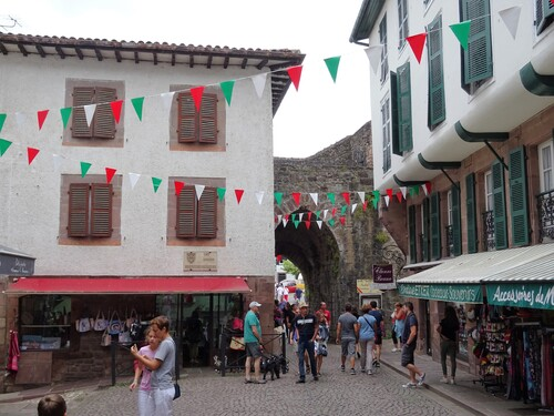 Zaint Zean Pied de Port au Pays Basque (photos)