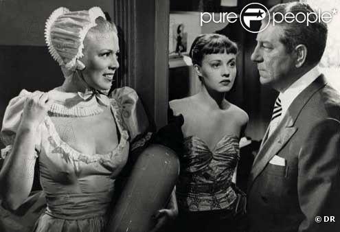 Dora Doll dans le film Touchez pas au grisbi, aux côtés de Jean Gabin et Jeanne Moreau
