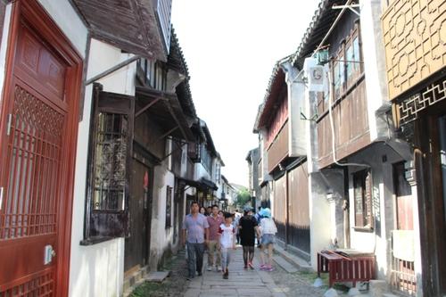 À Tongli, dans les rues