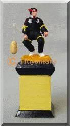 Figurine d'un Diable, acteur du Combat (Ducasse de Mons) - Arts et sculpture: sculpteurs, artisans d'art