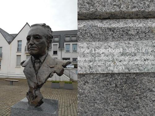 Les sculptures de Roger Vène sur l'Esplanade de la Bibliothèque à Dinan
