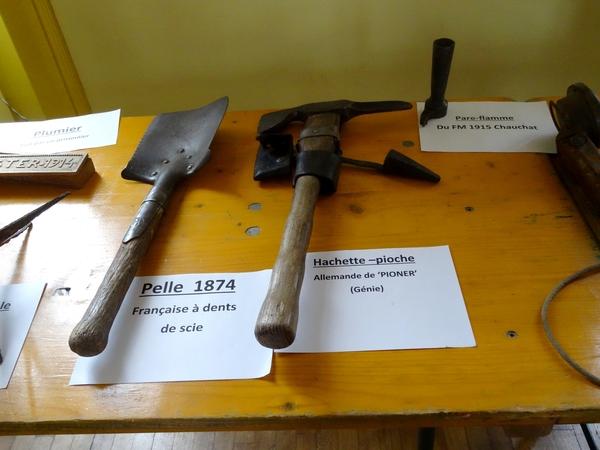 Une très belle exposition de matériel de la guerre 1914-1918, à Courban