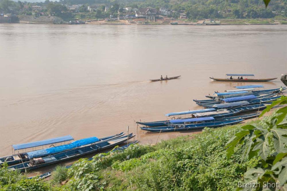 Les rives du Mékong  à Ban Houayxay  Laos