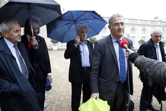 Serge Haroche et quatre autres grands chercheurs étaient reçus à l'Elysée le 30 mai.
