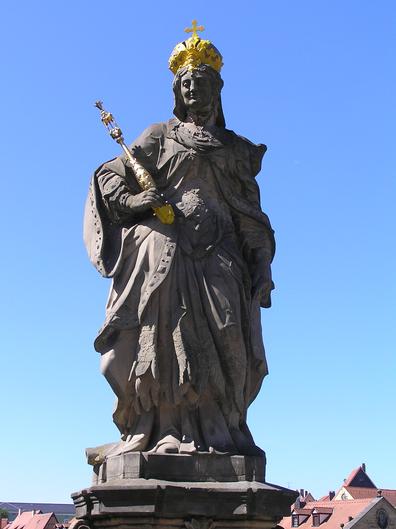Statue de Cunégonde de Luxembourg à Bamberg.