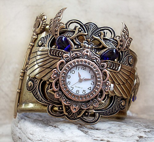 Steampunk_Watch___Egyptian_3_by_Aranwen.jpg