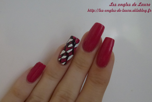 Nail Art rose graphique