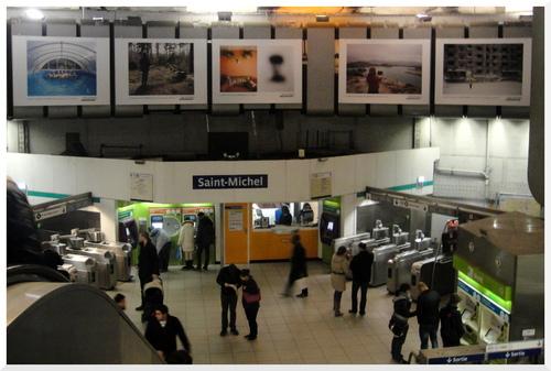 Expo photos dans le métro