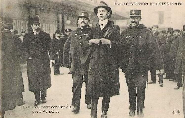 Manifestations étudiantes entre 1909 et 1912