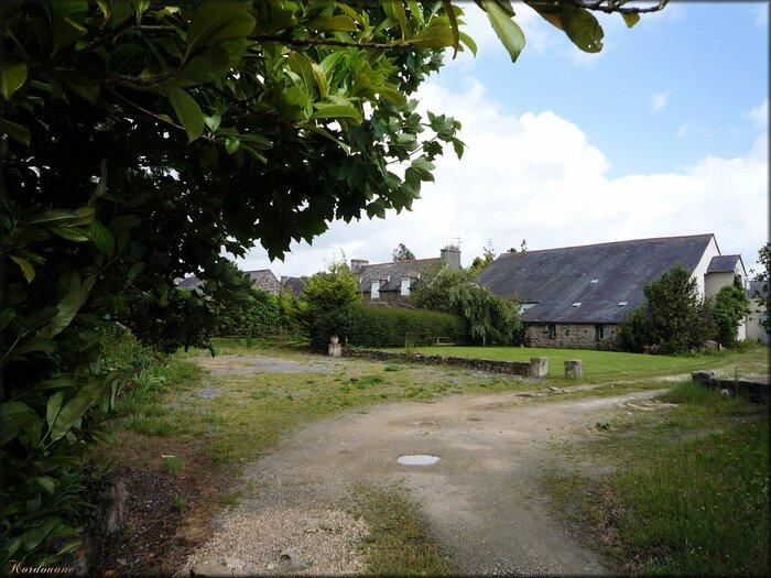 Photo des venelles du village du Faou dans le Finistère