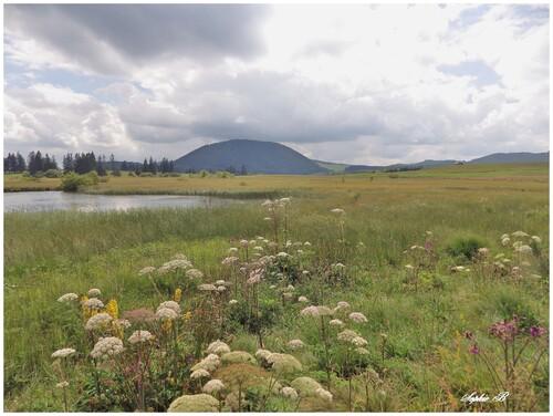 Le lac Bourdouze .