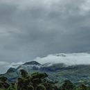 La Pelée depuis l'Ajoupa-Bouillon (3) Un jour de pluie - Photo : Yvon