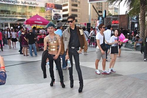 Lady Gaga rend fou les Thaïlandais !!!