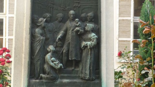 Congrégation de religieuses sages-femmes (18 septembre 2010)