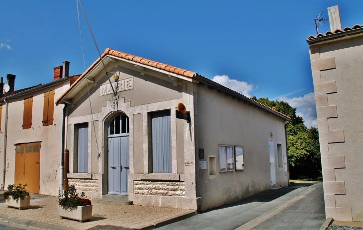La Mairie - Genouillé