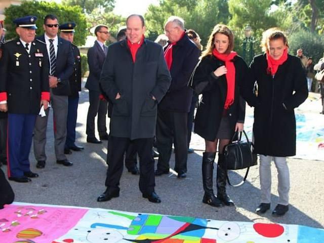 Stéphanie, Pauline et Albert contre le sida