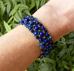 Les tissés :  Oeil du tigre, Jade, Turquoise, Améthyste, Lapis-Lazuli et cristal de Swarovski